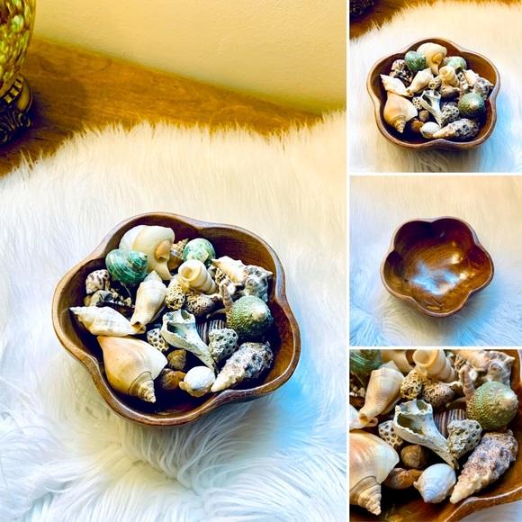 🦋2/$10 3/$15 4/$18 5/$20 Vintage Bowl w/Shells